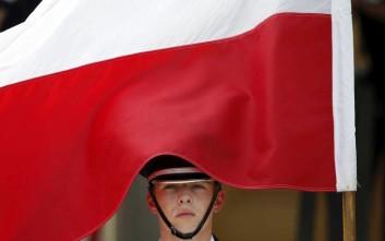 Το Δικαστήριο της ΕΕ εξουσιοδοτεί τα κράτη μέλη να μην εκτελούν πολωνικά εντάλματα σύλληψης