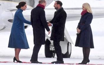 «Θερμή» υποδοχή στην... παγωμένη Νορβηγία για τον Ουίλιαμ και την Κέιτ