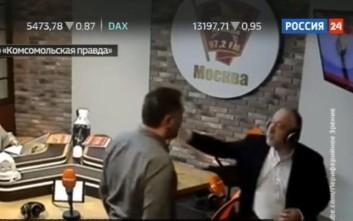 Μπουνιές… on air για τα «μάτια» του Στάλιν