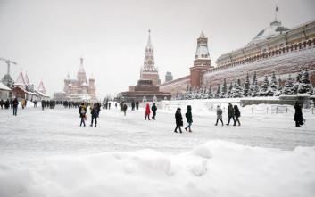 Ένας νεκρός από τη σφοδρή χιονόπτωση στη Μόσχα