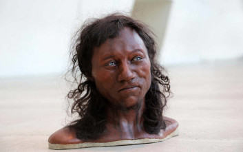 Σκούρο δέρμα, γαλανά μάτια και κατσαρά μαλλιά: έτσι ήταν οι πρώτοι Άγγλοι!