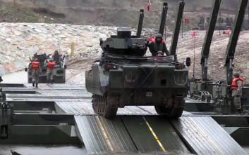 Ασκήσεις διάβασης ποταμού κοντά στον Έβρο έκαναν οι Τούρκοι