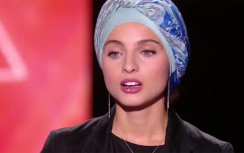 Παίκτρια αποχώρησε από το γαλλικό Voice λόγω σχολίων στο διαδίκτυο