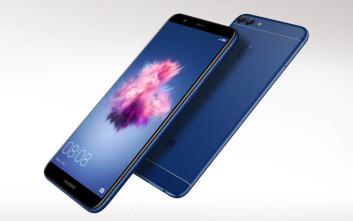 Η Huawei παρουσιάζει το νέο P smart, την πρώτη mid-range συσκευή με Full View Screen