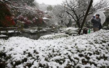 Το χιόνι ακινητοποίησε χίλια αυτοκίνητα στην Ιαπωνία