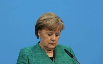 Μέρκελ: Καλύτερα να παραμείνουμε στη συμφωνία για το ιρανικό πυρηνικό πρόγραμμα