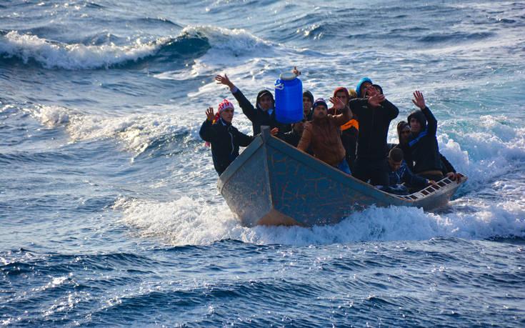 Στη Γερμανία 50 μετανάστες από τους 450 που επιβαίνουν σε πλοία της Frontex στη Μεσόγειο