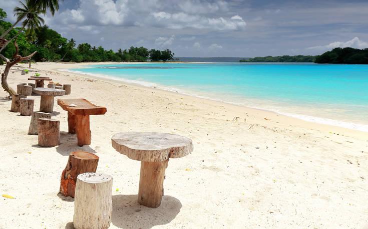 Παραδεισένιες εικόνες στα νησιά του Ειρηνικού με τις 113 γλώσσες