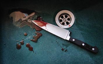 Σοκ στα Καμίνια: Ανήλικη μαχαίρωσε τη μητέρα της