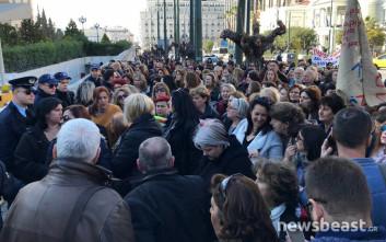 Αποχώρησαν οι καθαρίστριες, άνοιξαν οι δρόμοι στο κέντρο της Αθήνας