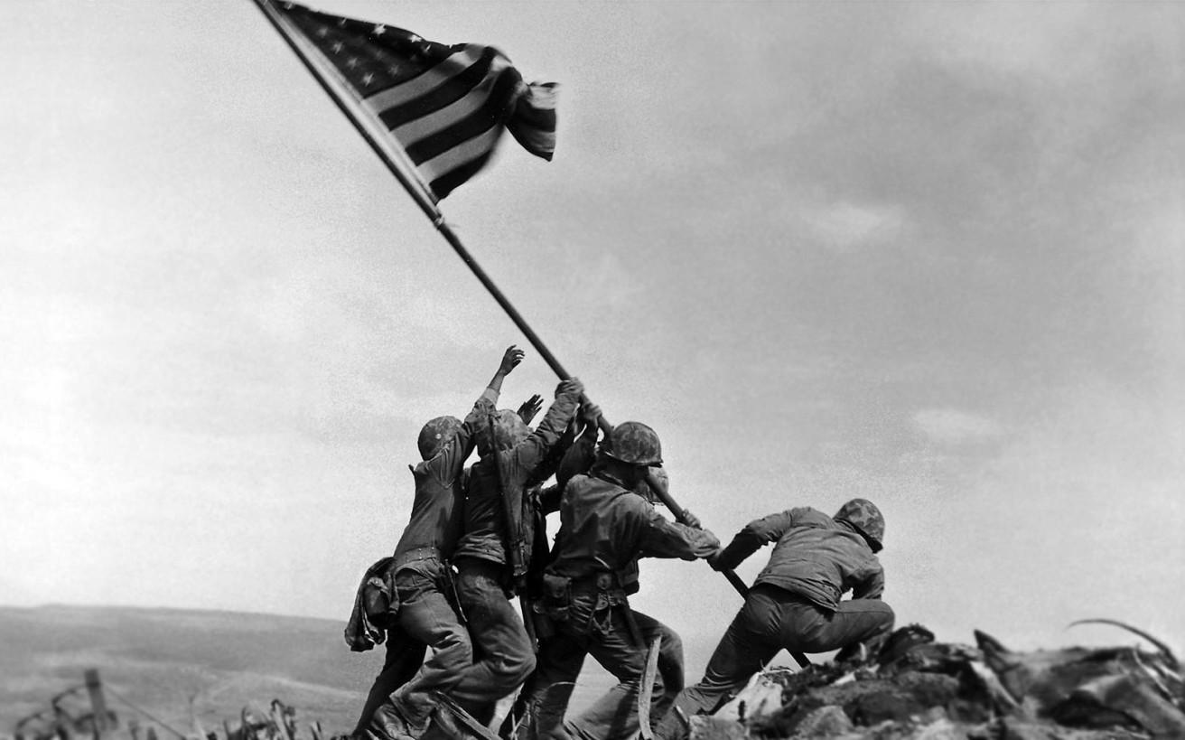 Η ιστορία της διάσημης πολεμικής φωτογραφίας που ήταν «στημένη»