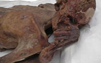 Βρέθηκαν μούμιες με τα αρχαιότερα τατουάζ