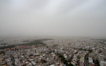 «Πνίγεται» από τη σκόνη και η Αθήνα