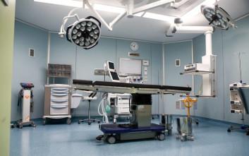 Γιατρός αθωώθηκε για τον αποκεφαλισμό εμβρύου στον τοκετό