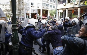 Επίθεση των «53» του ΣΥΡΙΖΑ για τα επεισόδια στους πλειστηριασμούς