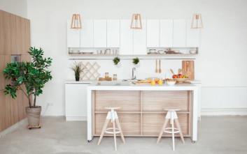 Ιδέες για να... μεγαλώσεις τη μικρή κουζίνα