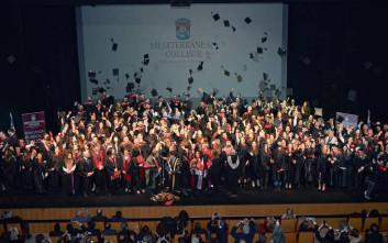 38η Τελετή Αποφοίτησης του Mediterranean College με άρωμα δημιουργικής Ελλάδας