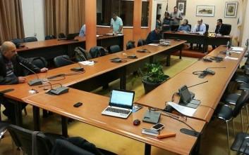 «Χάος» στο δημοτικό συμβούλιο της Χίου για τη Χρυσή Αυγή