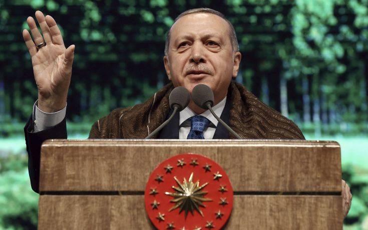 Ο Ερντογάν θέτει εμμέσως θέμα ανταλλαγής των Ελλήνων στρατιωτικών με τους οκτώ Τούρκους