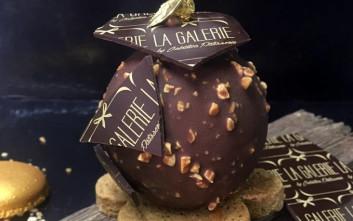 Σοκολατένια σφαίρα με σοκολάτα Belcolade