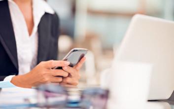 Επανεξετάζεται ο φόρος 2% μόνο για τα κινητά