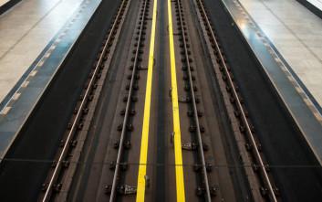 Επιχείρηση απεγκλωβισμού ατόμου από τις γραμμές του μετρό στον Άγιο Δημήτριο