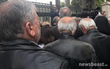 Παρέμβαση της κυβέρνησης ζητούν οι εργαζόμενοι στην Εθνική Τράπεζα