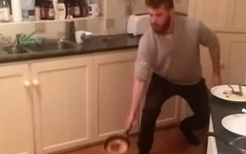 Ο ζογκλέρ της κουζίνας