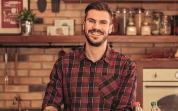 Η Coca-Cola και ο Άκης Πετρετζίκης σας προσκαλούν στον πιο απολαυστικό διαγωνισμό