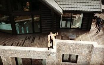 To βίντεο από drone του Ηλία Ψινάκη σε σαλέ στον Παρνασσό