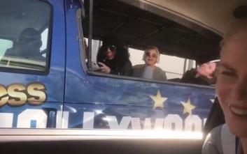 Έπαθαν πλάκα οι τουρίστες βλέποντας τη Νικόλ Κίντμαν να τους χαιρετάει
