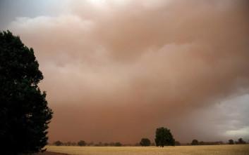 Αμμοθύελλα «έπνιξε» το Σουδάν