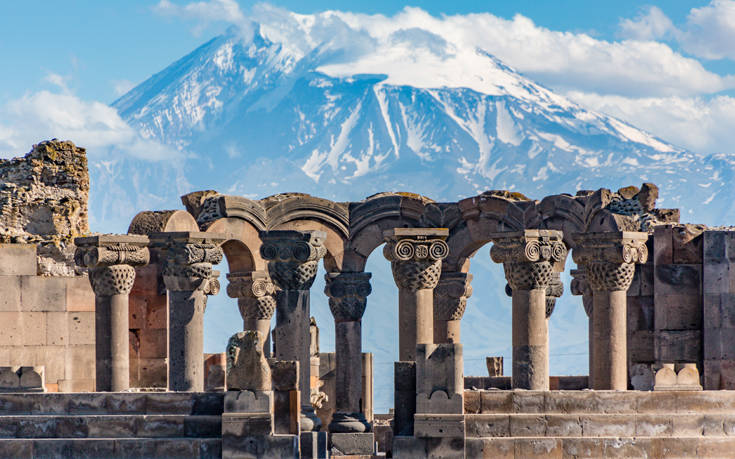 Μια από τις αρχαιότερες πόλεις του κόσμου με φόντο το μυθικό Αραράτ