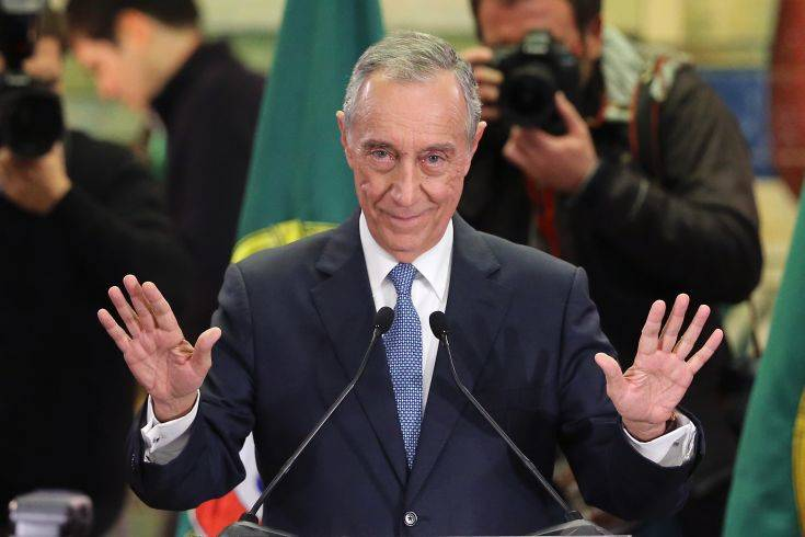 FILE - In this Sunday, Jan. 24, 2016 file photo, Marcelo Rebelo de Sousa addresses journalists and supporters after winning Portugal's presidential election, in Lisbon. Marcelo Rebelo de Sousa has been sworn in as Portugal's new president Wednesday March 9, 2016, making an appeal for prudent government spending after a recent financial crisis as well as a new focus on generating growth and jobs. (AP Photo/Armando Franca, File)
