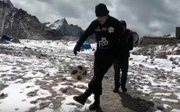 Ποδοσφαιρικά κόλπα ανεβαίνοντας στο Έβερεστ
