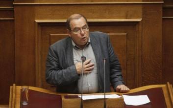 Μπαλωμενάκης: Ηθική αυτουργία των αρχηγών ΠΑΣΟΚ - ΝΔ για τα θαλασσοδάνεια