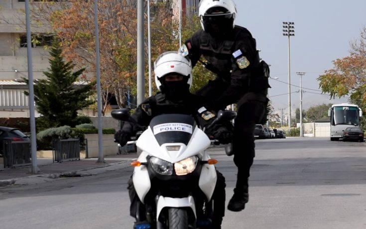 Επίθεση αγνώστων σε αστυνομικούς της ΔΙΑΣ στην ΑΣΟΕΕ
