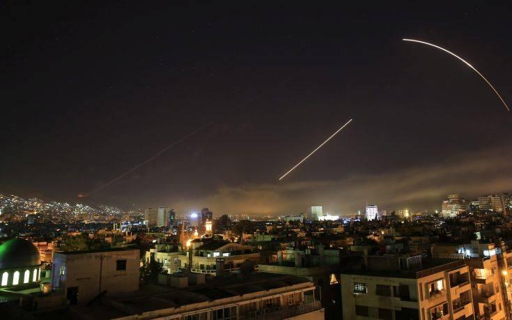 Εικόνες αποκαλύψεις στη Δαμασκό από την επίθεση των Συμμάχων κατά του Άσαντ