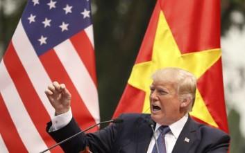 Με δασμούς ύψους 500 δισ. δολαρίων απειλεί την Κίνα ο Τραμπ