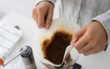 Πώς να χρησιμοποιήσετε τα υπολείμματα του χρησιμοποιημένου καφέ