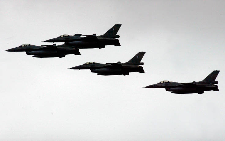 Δεκάδες νέες παραβιάσεις στο Αιγαίο από τουρκικά μαχητικά