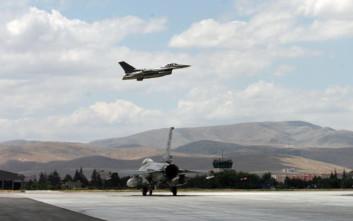 Ζεύγος τουρκικών αεροσκαφών πάνω από τις Οινούσσες και την Παναγιά