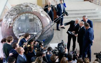 Ο Πούτιν «συνδέθηκε» μέσω προσομοιωτή με τον Διαστημικό Σταθμό