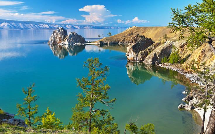 Η λίμνη Βαϊκάλη κινδυνεύει να μετατραπεί σε βάλτο