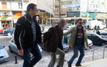 Προσωρινά κρατούμενος ο 58χρονος που απήγαγε τα ξαδέρφια του