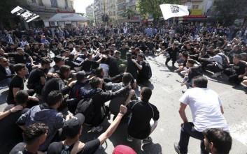 Πλημμύρισε οπαδούς του ΠΑΟΚ η Καμάρα στο νέο συλλαλητήριο