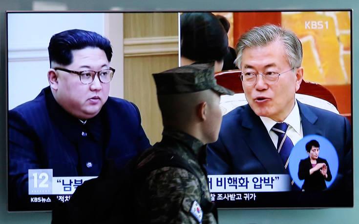 Εγκαταστάθηκε «κόκκινο» τηλέφωνο μεταξύ Βόρειας και Νότιας Κορέας