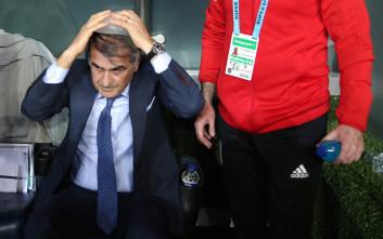 Αντικείμενο στον προπονητή της Μπεσίκτας και οριστική διακοπή του ματς