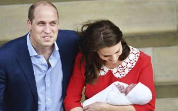 Γιατί η Κέιτ Μίντλετον βγήκε από το μαιευτήριο 7 ώρες μετά τη γέννα