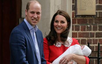 Η άψογη εμφάνιση της Κέιτ μετά τη γέννα έκανε πολλές μητέρες να αρχίσουν τις... συγκρίσεις